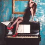 girl-piano-grand-piano-shoes-2